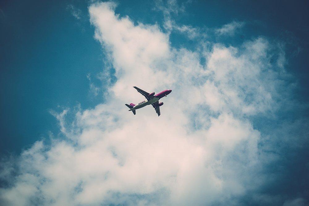 Les principales réservations à faire pour bien organiser un voyage en avion