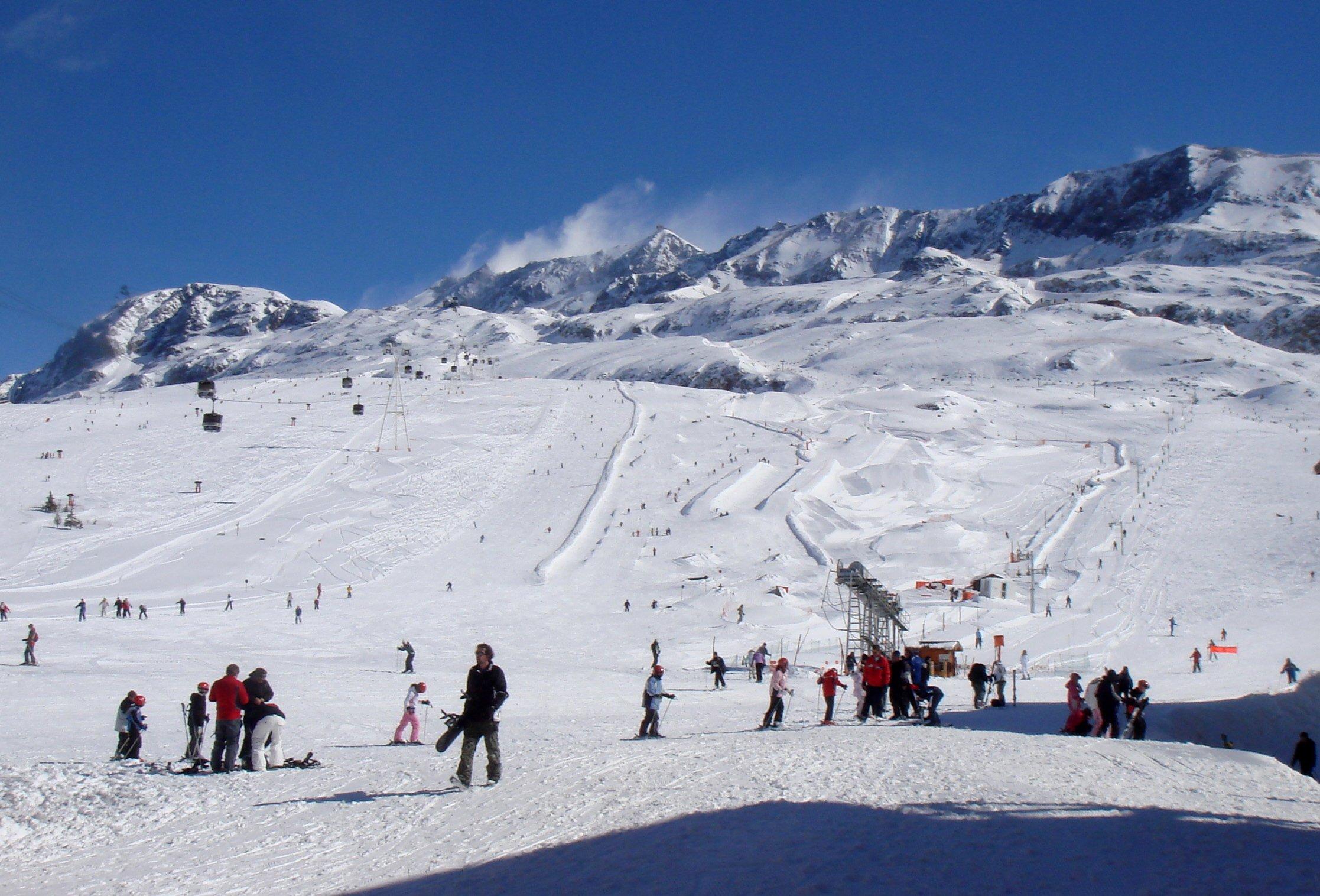 Séjour ski tout compris : les stations de ski idéales pour les débutants