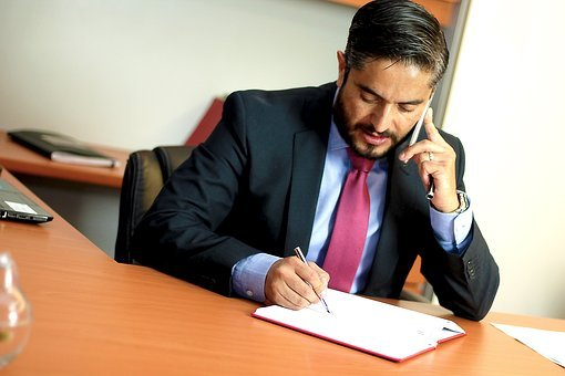 Quand les startups cherchent un avocat  ?