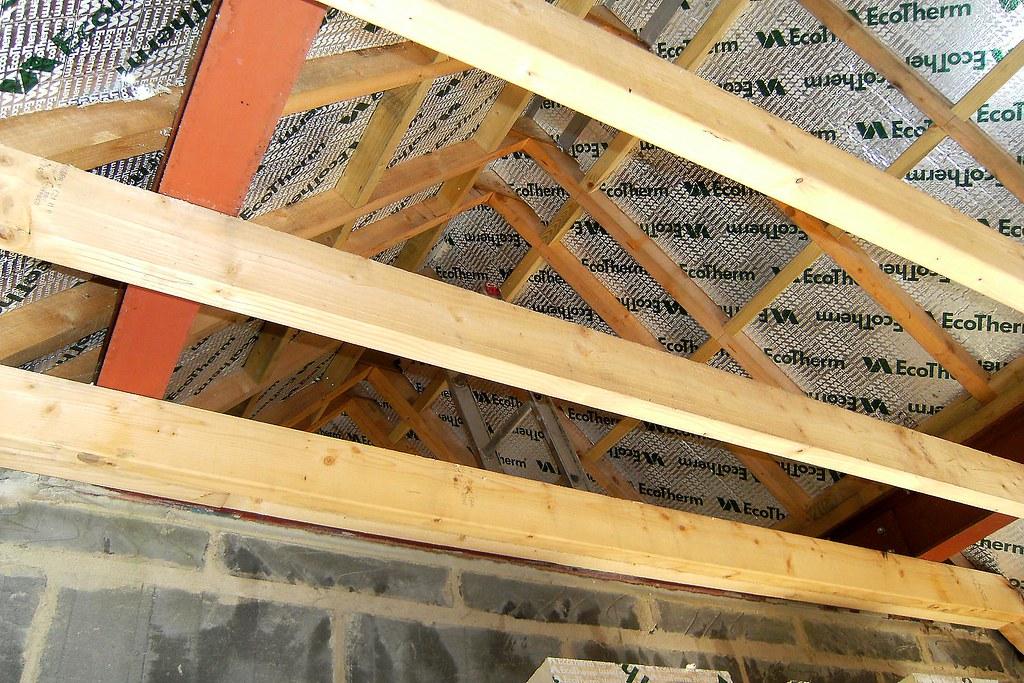 Comment isoler sa toiture par l'intérieur